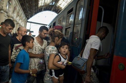 Polizei stoppt Zug Richtung Österreich