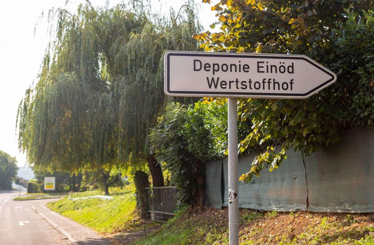 Hier geht es zur Deponie in Hedelfingen – leider finden auch  Einbrecher den Weg. Foto: 7aktuell.de/ Max Kurrer