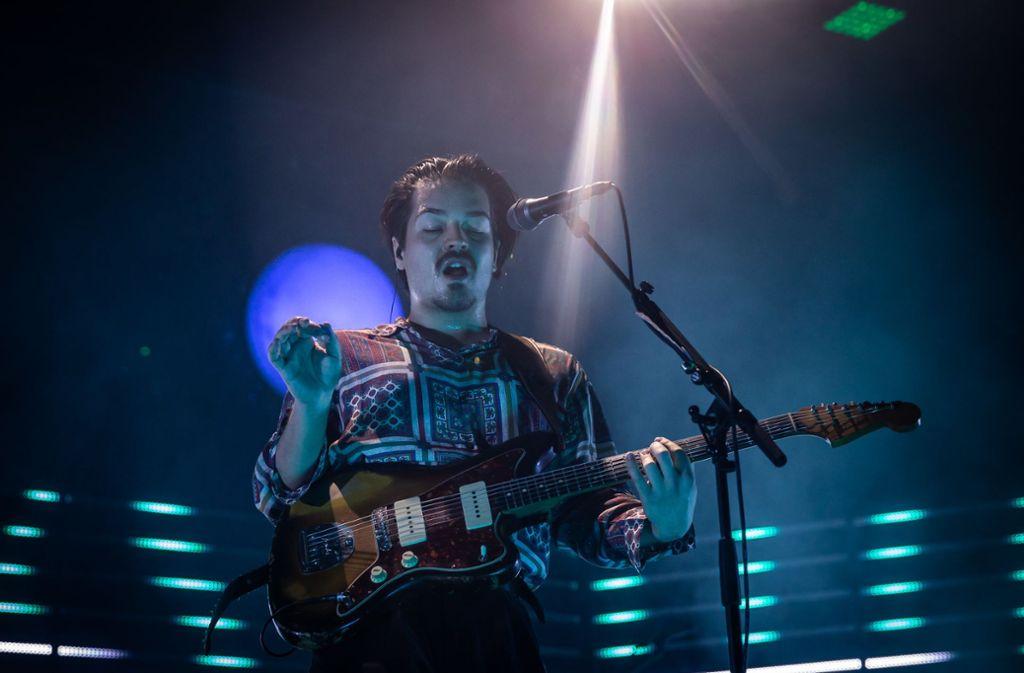 ... dann ging es im nächsten Moment mit Klampfe musikalisch wieder in eine ganz andere Richtung.  Foto: Lichtgut/Julian Rettig