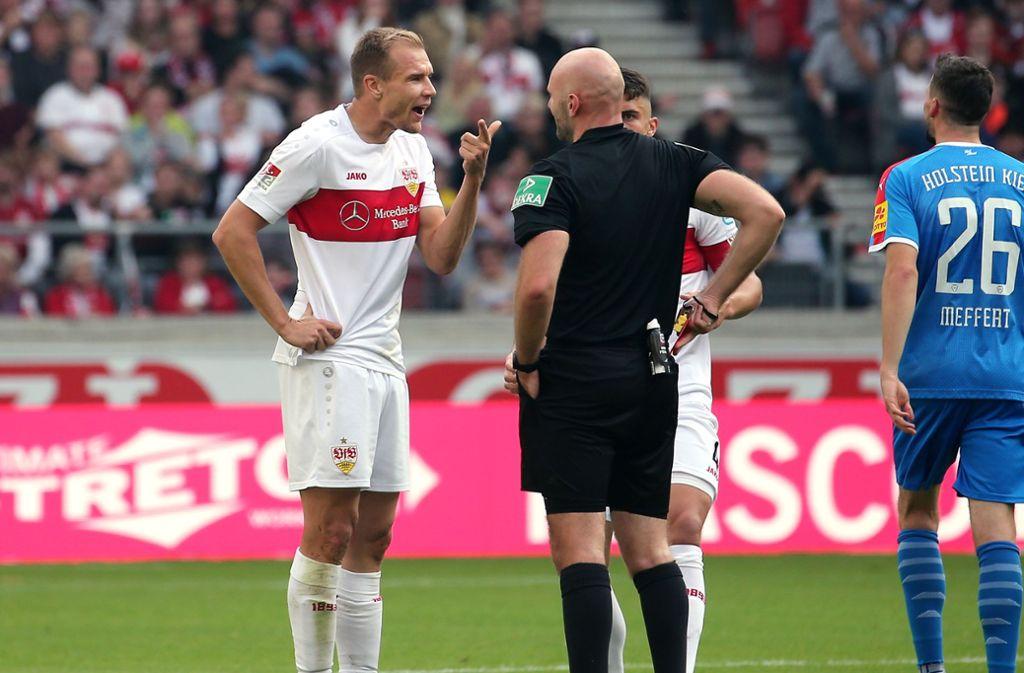 Holger Badstuber kassierte die gelb-rote Karte. Foto: Pressefoto Baumann/Julia Rahn