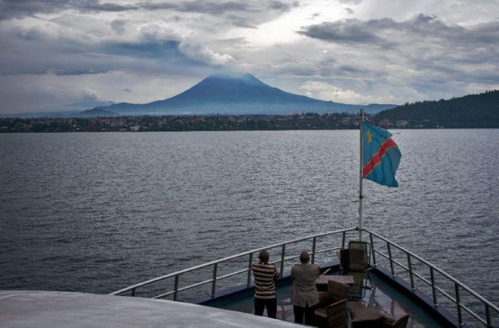 Immer wieder kommt es auf dem Kivu-See zwischen der Demokratischen Republik Kongo und Ruanda zu Schiffsunglücken (Archivfoto). Foto: Federico Scoppa/AFP