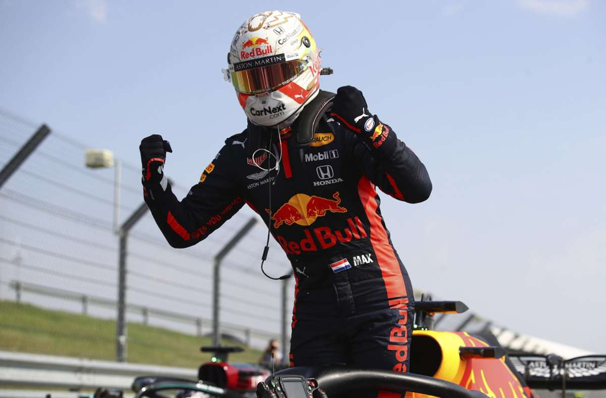 Max Verstappen schnappte sich den Sieg in Silverstone. Foto: AP/Bryn Lennon
