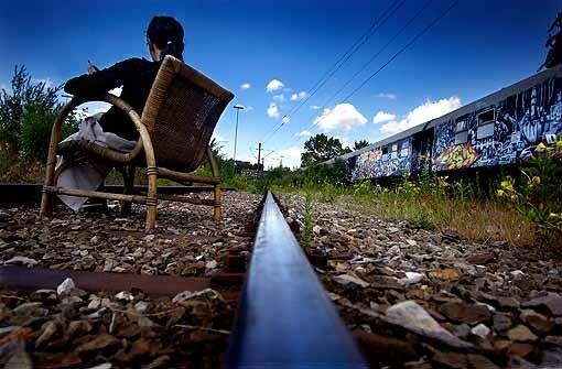 Waggons stehen der Bahn im Weg
