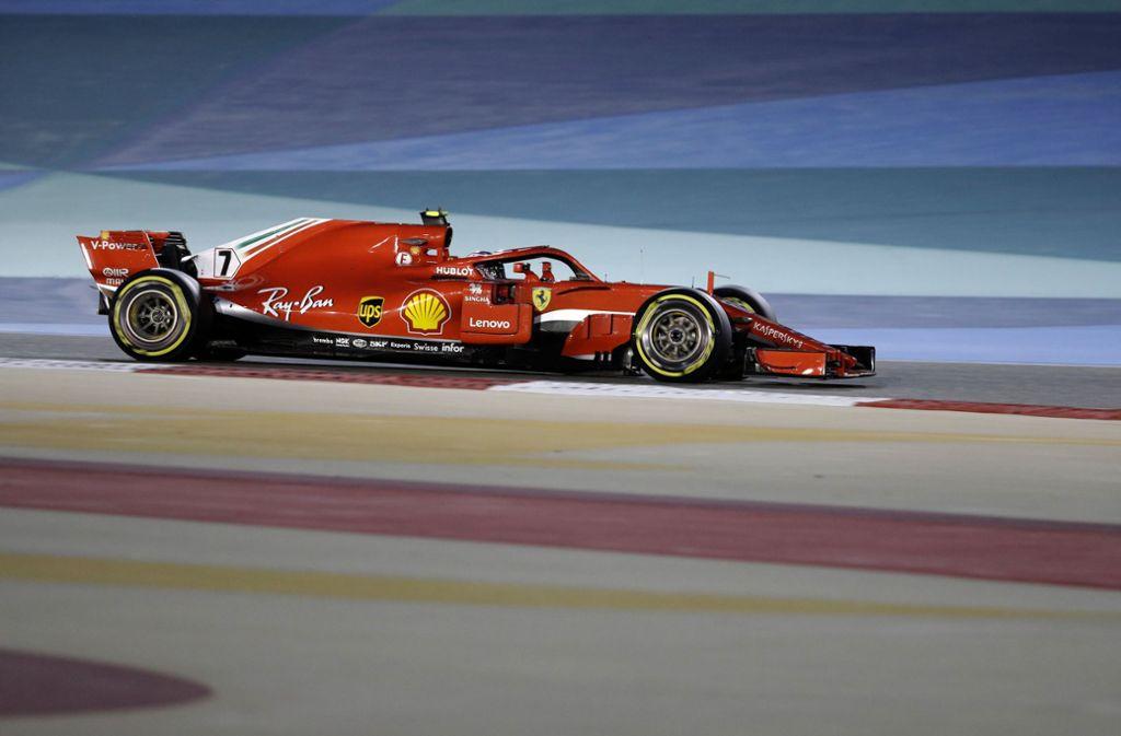 Nach dem missglückten Stopp war Schluss für den finnischen Ferrari-Fahrer. Foto: AP