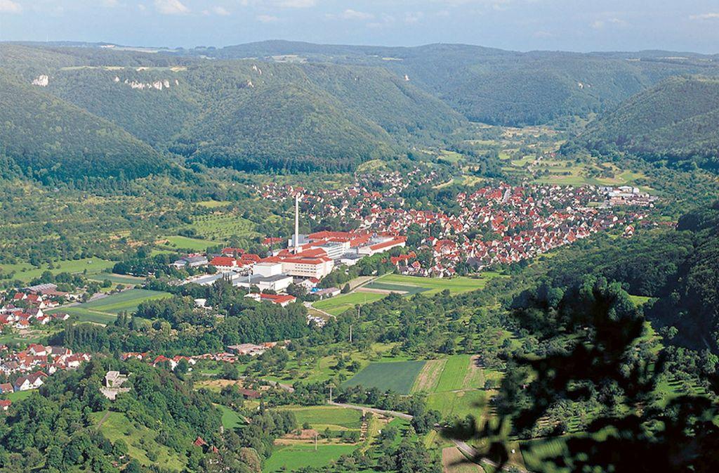 Blick auf die traditionsreiche Papierfabrik Scheufelen im Lenninger Tal. Das Unternehmen hat Insolvenz angemeldet. Foto: Scheufelen