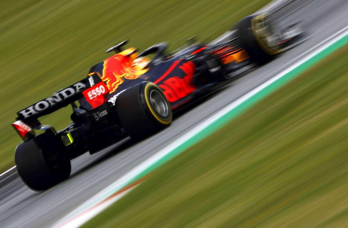 Nicht aufzuhalten: der Red Bull von Max Verstappen Foto: imago//Andy Hone