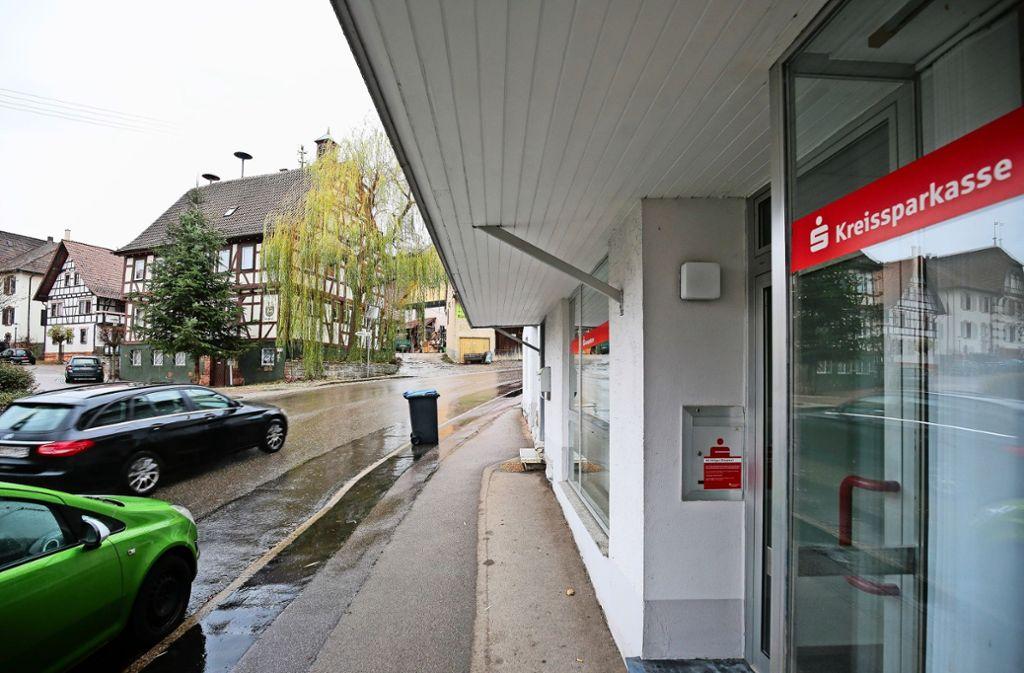 Das war's: Der Geldautomat in Münklingen ist Geschichte. Die Filiale hatte schon lange zuvor geschlossen. Foto: factum/Granville