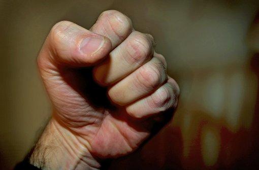 29-Jähriger verprügelt Taxi-Fahrer