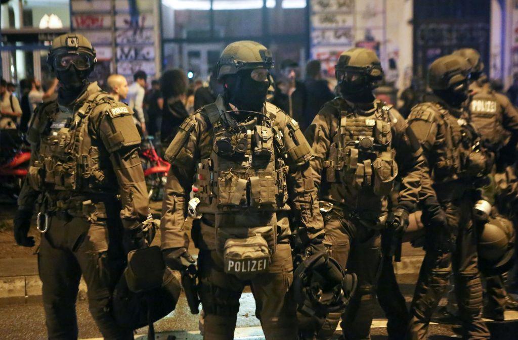 Auch aus Baden-Württemberg waren viele Beamte in Hamburg im Einsatz. 73 Polizisten aus dem Land wurden verletzt. (Archivfoto) Foto: dpa
