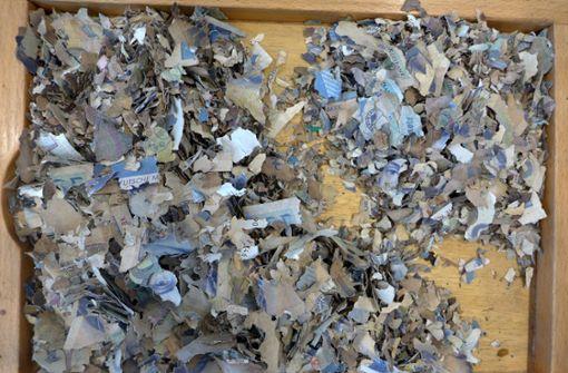 50.000 Mark auf Dachboden gefunden – Mäuse zerfressen Vermögen