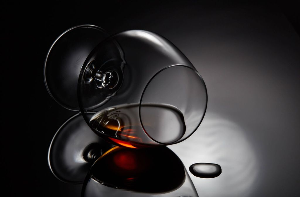 Von dem versteigerten Cognac gibt es weltweit nur noch drei Flaschen. (Symbolfoto) Foto: imago images / Panthermedia/DGM