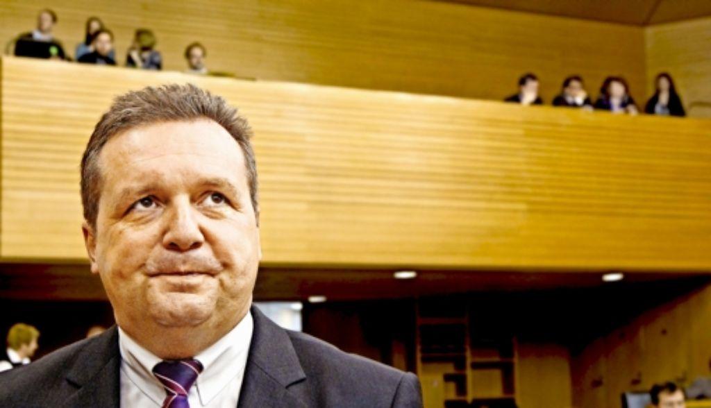 Stefan Mappus sitzt jetzt im Vorstand einer Software-FirmaDirk Notheis sammelt per Fonds Kapital für den Mittelstand. Foto: dpa