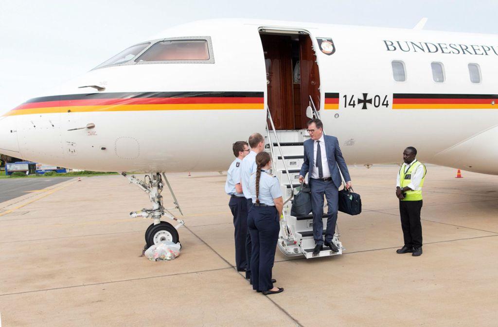 Entwicklungsminister Müller musste einen geplanten Besuch in Namibia komplett absagen, Teile verschieben , weil er länger in Sambia festsaß. Foto: BMZ