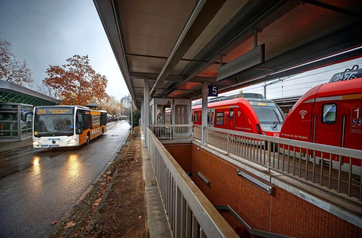Die Zubringerbusse sollen exakter und in häufigerem  Takt auf die S-Bahn abgestimmt werden. Foto: Gottfried Stoppel
