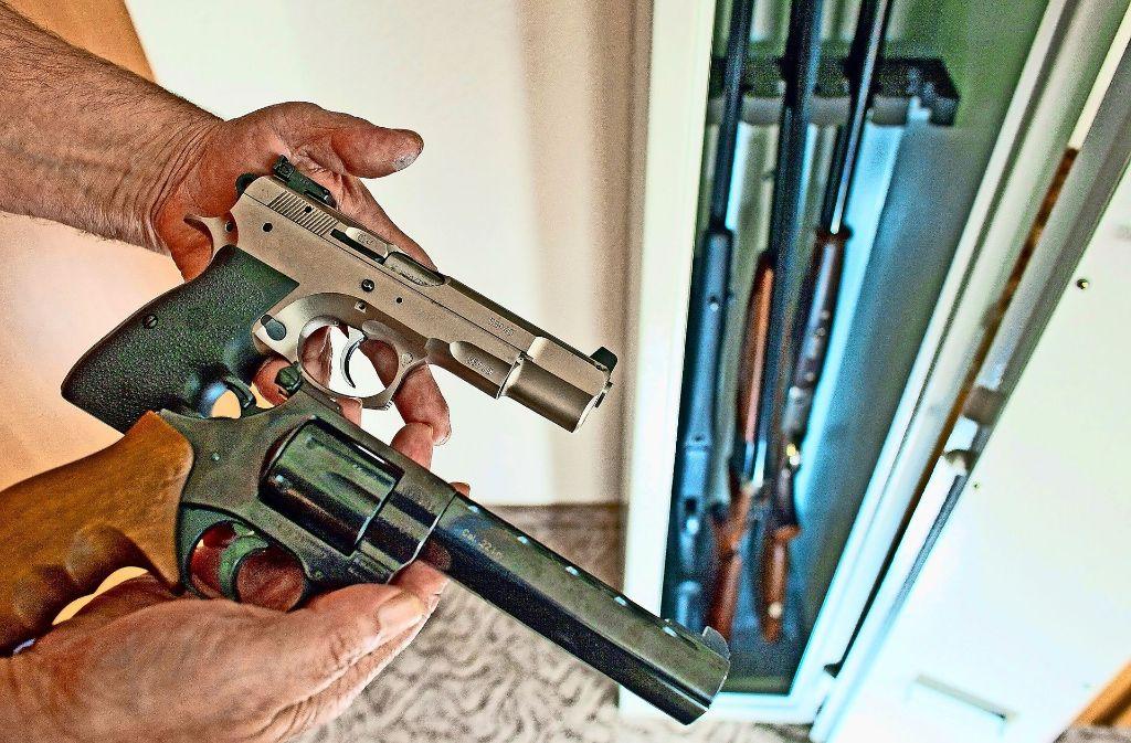 Der Schwerpunkt bei den Kontrollen lag auf der sicheren Aufbewahrung der Waffen. Foto: dpa
