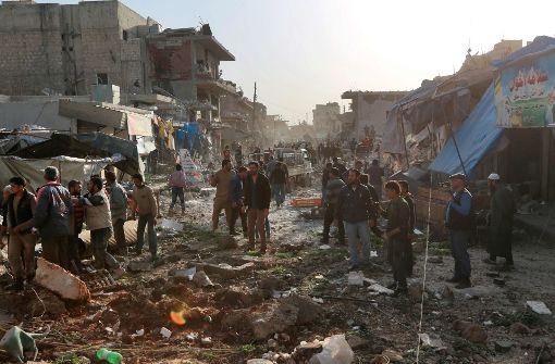 Mehr als 50 Zivilisten bei Luftangriffen getötet