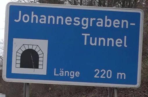 B-14-Tunnel nachts gesperrt