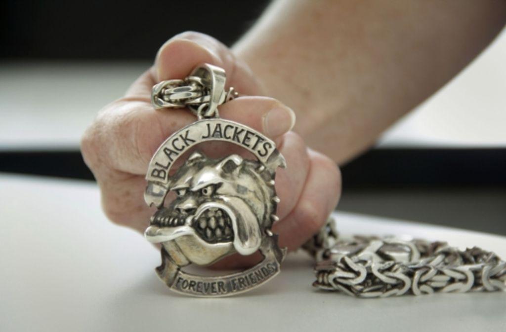 Die Bulldogge ist Teil des Black-Jackets-Logos Foto: factum/Weise