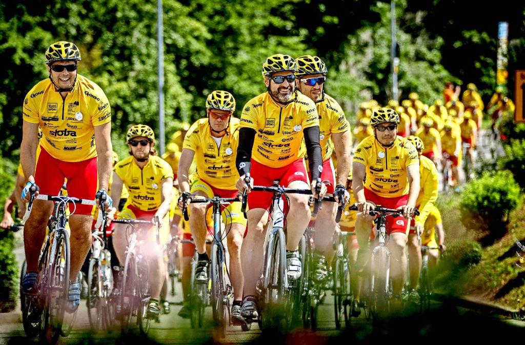 Die Teilnehmer der Tour Ginkgo strampeln für eine  gute Sache –  hier zum Beispiel   im Rems-Murr-Kreis. Foto: Gottfried Stoppel
