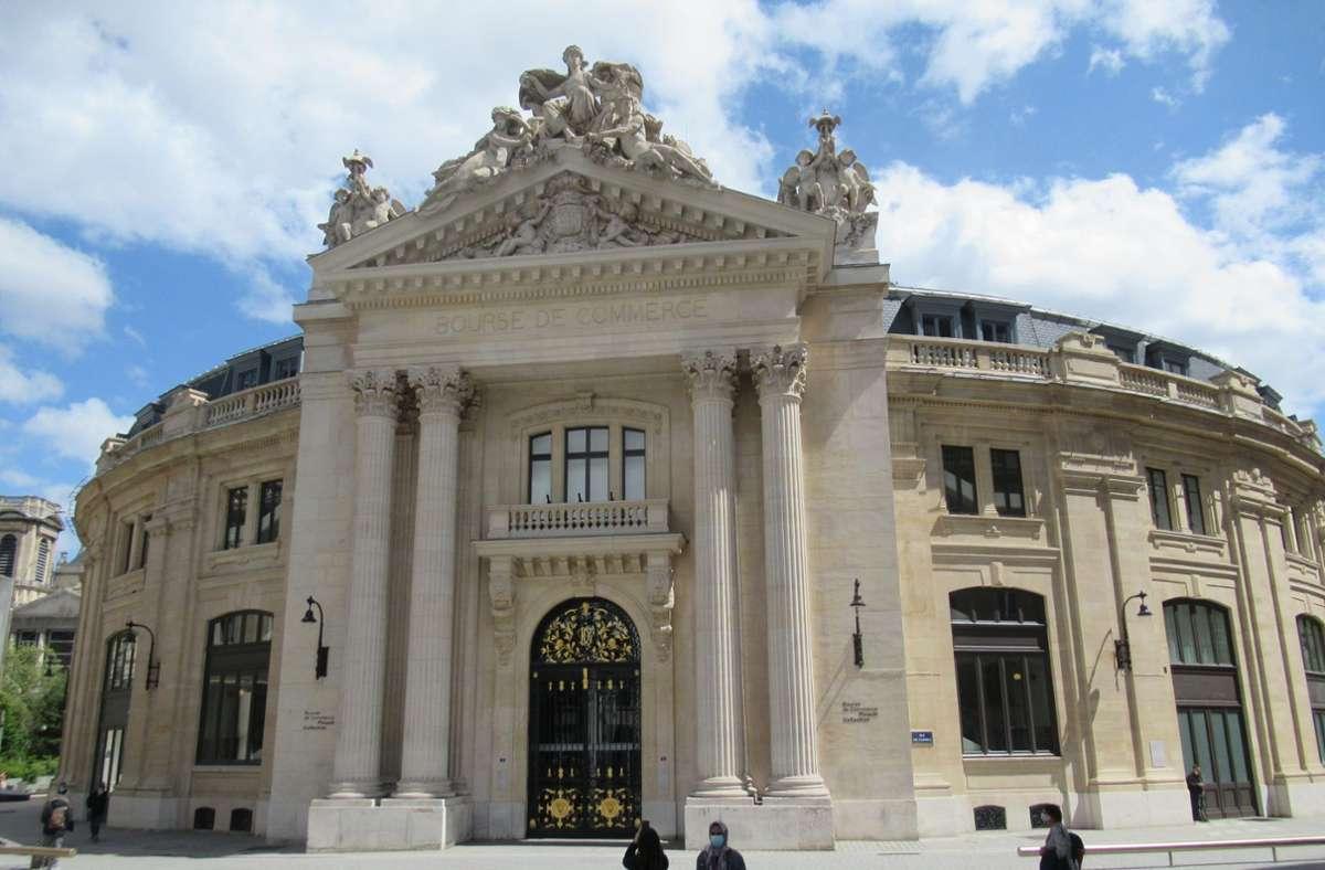 In Paris wurde die Bourse de Commerce von dem französischen Milliardär Pinault zu einem Museum umgebaut. Gezeigt wird Kunst, die nach 1960 entstanden ist. Foto: dpa/Sabine Glaubitz