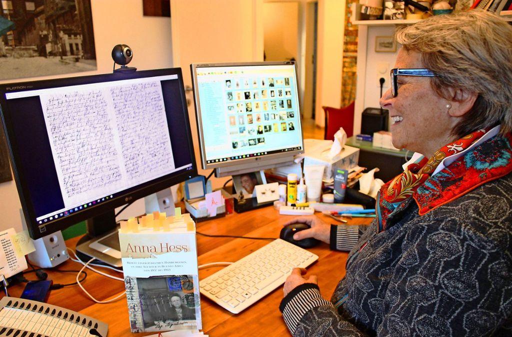 Madelaine Linden hat Briefe ihrer Urgroßmutter Anna Hess in einem Buch veröffentlicht. das Layout für die Publikation hat sie selbst gestaltet. Foto: Ralf Recklies