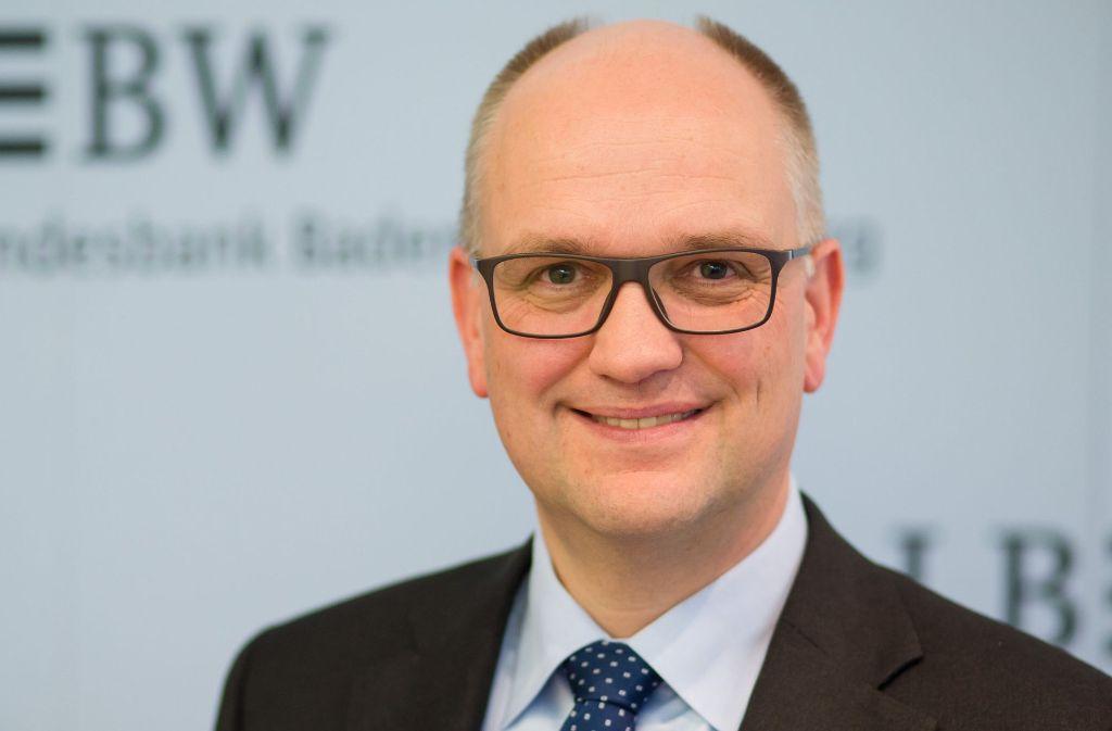 Der LBBW-Vorstandschef Rainer Neske blickt zuversichtlich in die Zukunft. Die Ausschüttungen für die Landeshauptstadt sind auch wegen des gesunkenen Zinsniveaus und Altlasten rückläufig. Foto: dpa