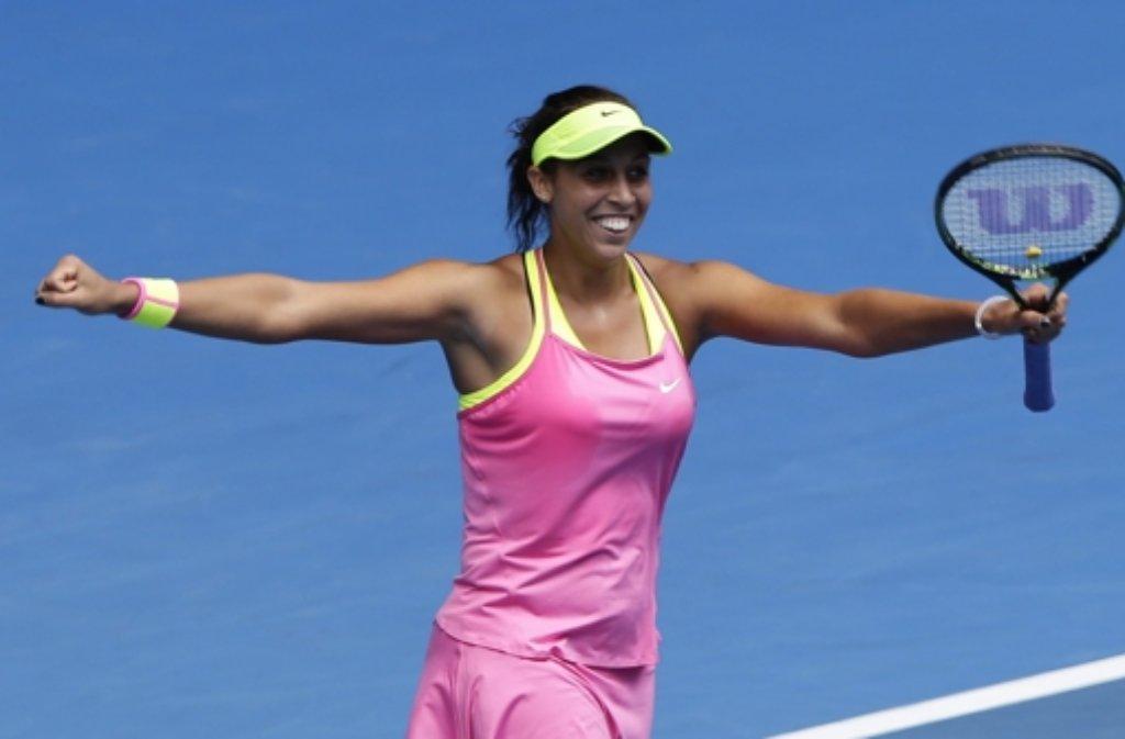 Im Viertelfinale der Australian Open hat die 19-jährige Madison Keys ihr großes Vorbild Venus Williams besiegt und trifft nun im Halbfinale auf deren Schwester Serena. Foto: dpa