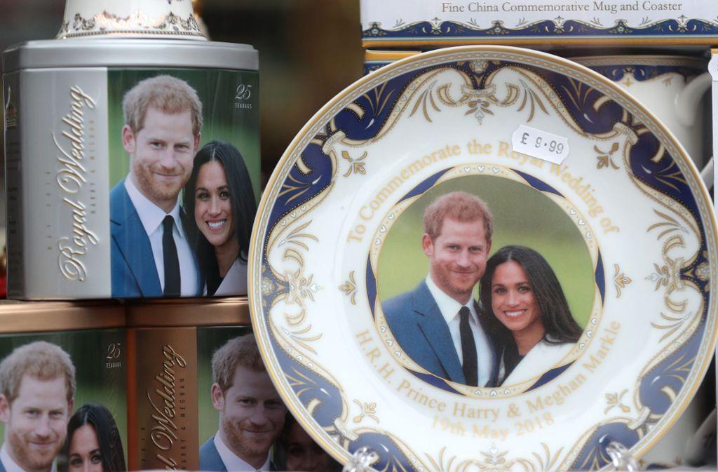 Wo sind die Fanartikel von Harry und Meghan im offiziellen  royalen Onlineshop geblieben? Foto: dpa/Andrew Matthews