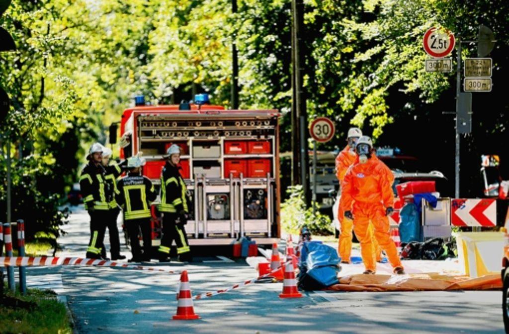 Die Stuttgarter  Feuerwehr wird zu einem Ammoniakunfall gerufen. Foto: Achim Zweygarth
