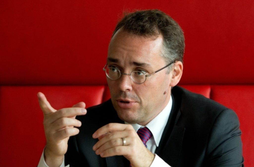 Europaminister Peter Friedrich fordert  Mitsprache beim Freihandelsabkommen. Foto: dpa