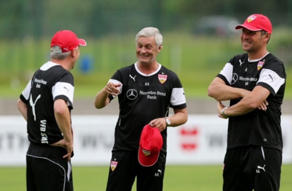 Armin Veh kann im Training des VfB Stuttgart wieder auf die drei WM-Fahrer Vedad Ibisevic, Carlos Gruezo und Gotoku Sakai setzen. Foto: Pressefoto Baumann
