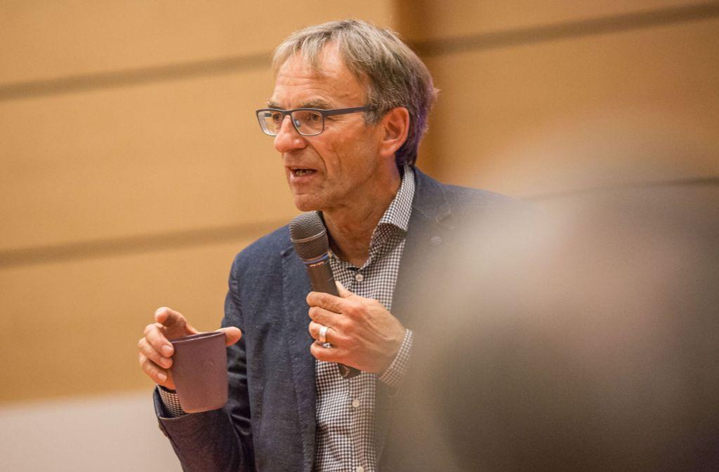 Sozialbürgermeister Werner Wölfle will im Amt bleiben. Foto: Lichtgut/Julian Rettig