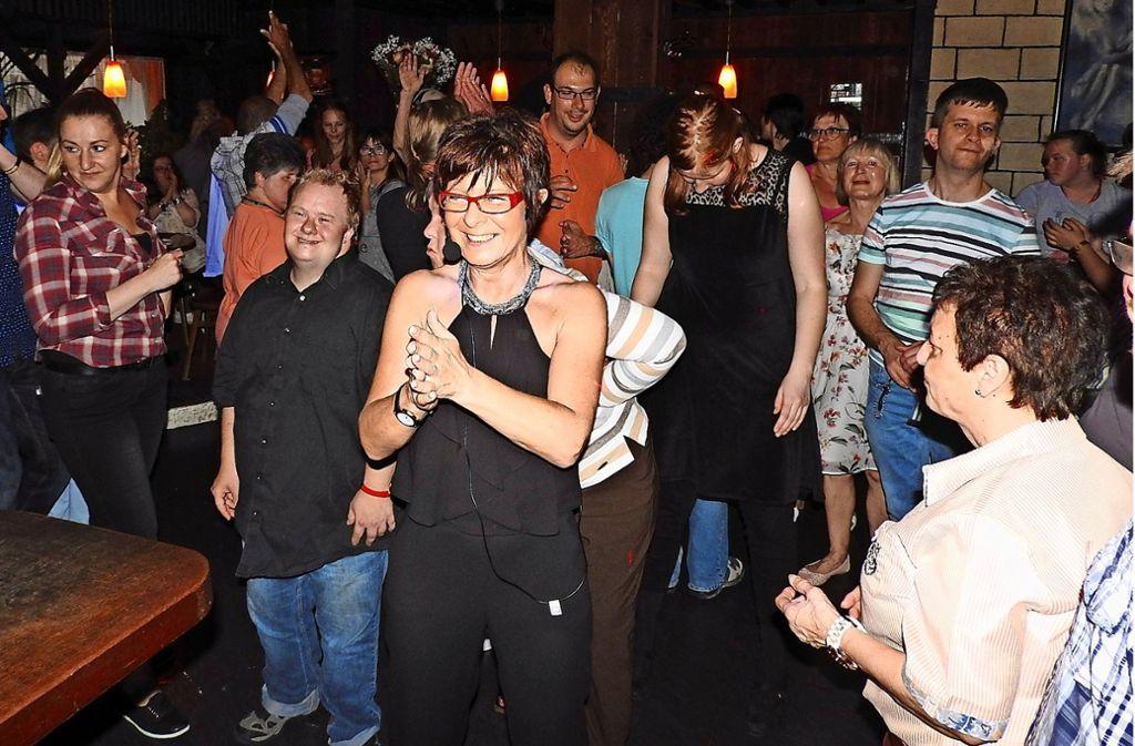 Jutta Schüle hat im Cannstatter  Tanzcafé Melodie rund 100 Veranstaltungen auf die Beine gestellt. Foto: Zeit zum Tanzen (z)