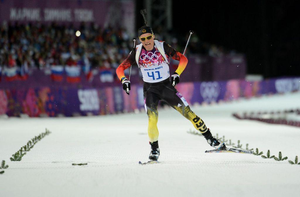 Erik Lesser bekam in Sotschi 2014 mit seinem Team nur Silber. Zu recht? (Archivbild) Foto: AFP/KIRILL KUDRYAVTSEV