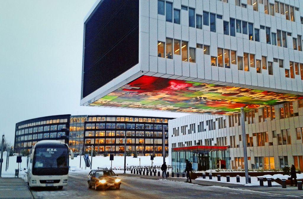 """Im Stadtteil Bærum-Fornebu hat der Ölkonzern Statoil, der als Norwegens """"Geldmaschine"""" gilt, sein Hauptquartier eröffnet. Foto: Link"""