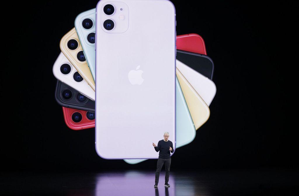 Mit dem iPhone sollen mit der neuen App auch vertrauliche Gespräche möglich sein. Foto: AP/Tony Avelar
