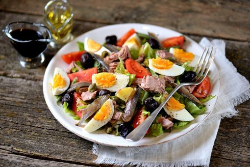 Drei leckere Salatrezepte für die Sommerhitze