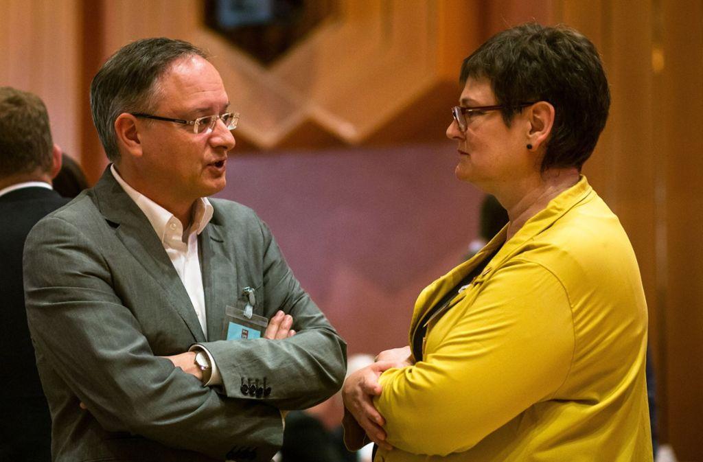 Nicht in allem einer Meinung: Fraktionschef Andreas Stoch  und die Landesvorsitzende Leni Breymaier in Bruchsal. Foto: dpa