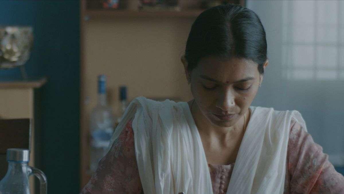 Nachdenkliches beim Indischen Filmfestival: Szene aus dem Female-Empowerment-Film Rimi. Foto: Indisches Filmfestival