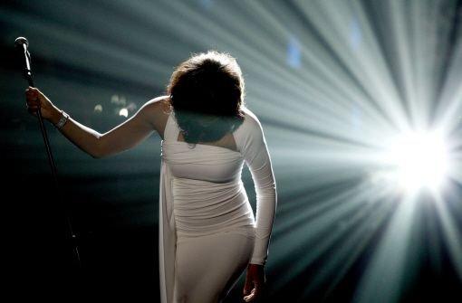 Whitney Houston verlässt die Bühne