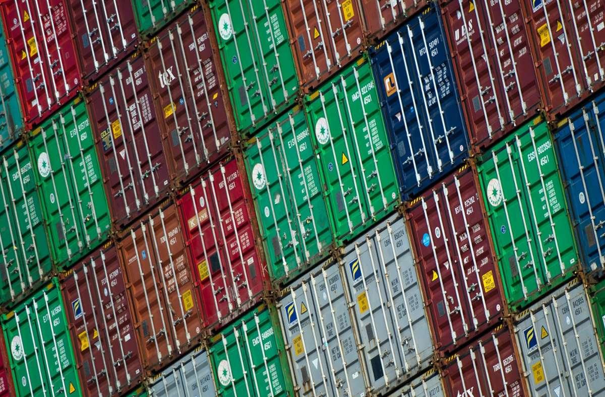 Die deutschen Exporte stiegen gegenüber dem Vormonat. Foto: dpa/Daniel Bockwoldt