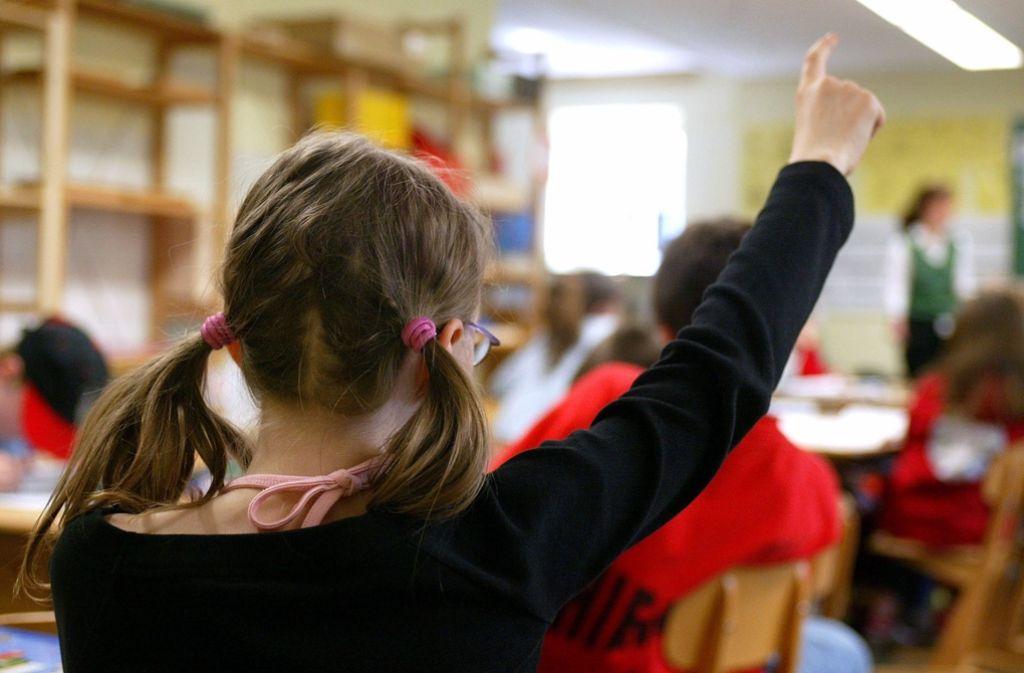 Die Ganztagesschule soll weiter ausgebaut werden. Die SPD kritisiert  Kürzungspläne des Landes – und sieht ähnliche Tendenzen bei der schwarz-grünen Ratsmehrheit. Foto: dpa
