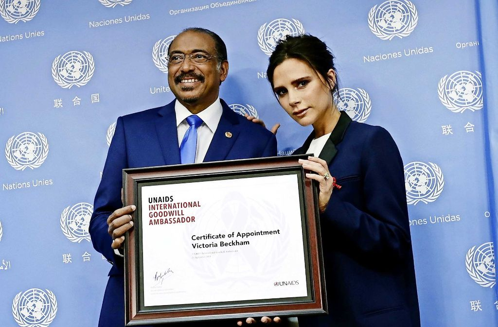 """Der UN-Aids-Direktor Michel Sidibé (hier mit Victoria Beckham) ist """"stolz auf Afrika"""". Foto: EPA"""