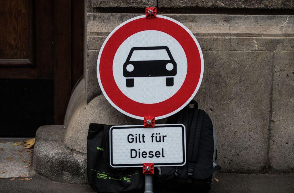 Der Diesel fährt auf das Abstellgleis. Foto: dpa