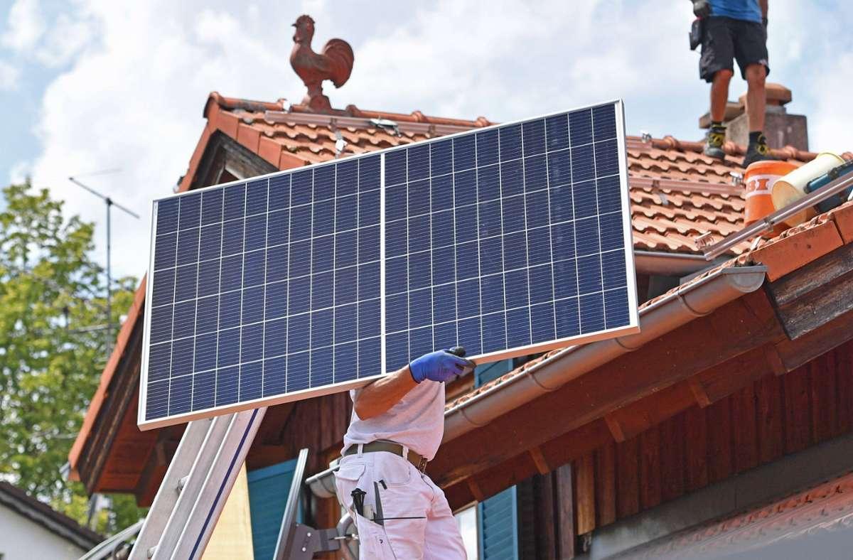 Mit dem neuen EEG sollen sich die Regelungen bei Solardächern ändern. Foto: /Imago/Sven Simon