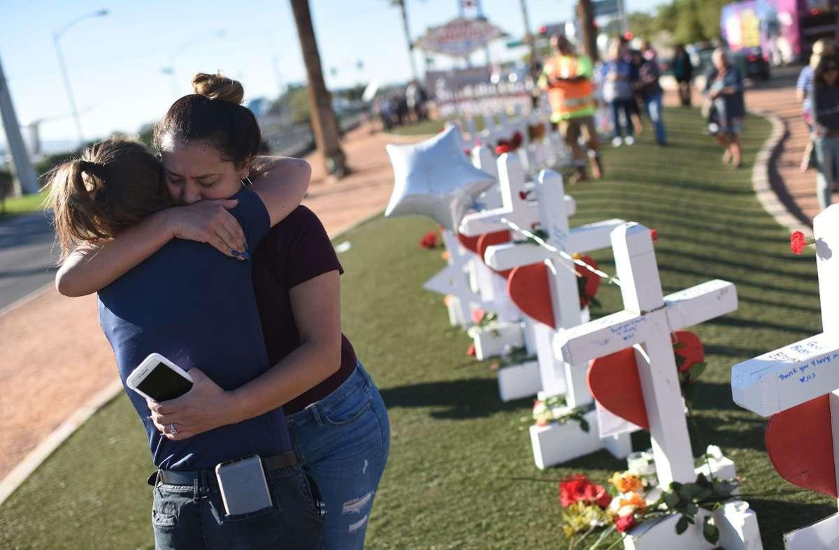 Bei dem Massaker wurden 58 Menschen getötet, 800 Festivalbesucher verletzt. Foto: AFP/ROBYN BECK
