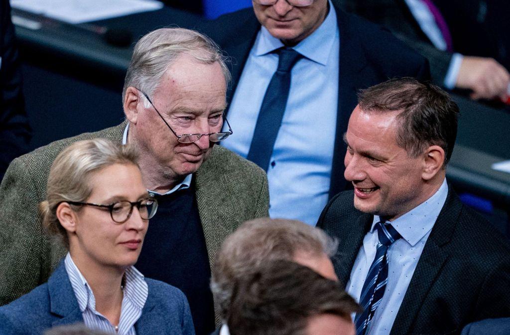 Alice Weidel (von links), Fraktionsvorsitzende der AfD, Alexander Gauland, Fraktionsvorsitzender der AfD, und Tino Chrupalla, Kandidat für den Bundesvorsitz der AfD, im Bundestag Foto: dpa/Kay Nietfeld