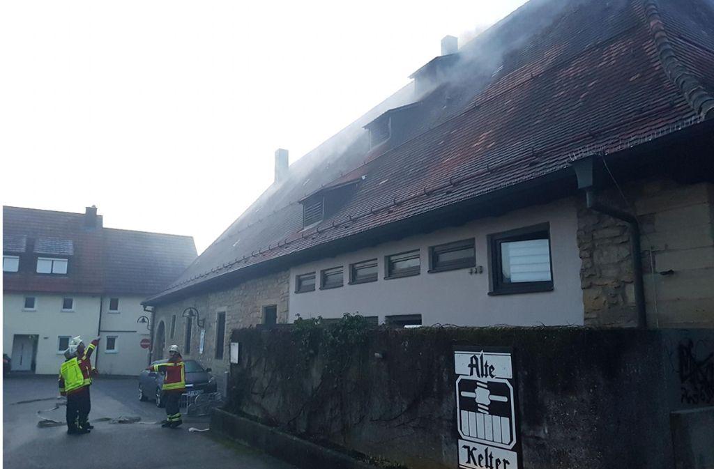 Das Restaurant Alte Kelter hat gebrannt. Es ist ein historisches Gebäude. Mehr Bilder finden Sie in unserer Bildergalerie. Foto: 7aktuell.de/Jochen Buddrick