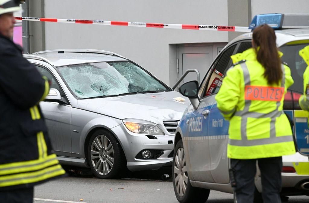 Die Unfallstelle in Volkmarsen. Foto: dpa/Uwe Zucchi