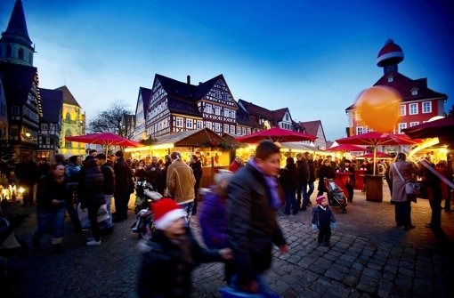 In  Schorndorf  sind gebrannte Mandeln mit Thüringer und Ketchup zu empfehlen. Foto: Stoppel